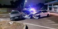 Три машины столкнулись на перекрестке улиц Джандосова и Есенберлина