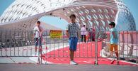 Ремонт моста в центральном парке столицы