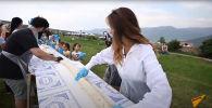 В Армении приготовили самый длинный бртуч - видео