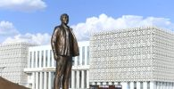 Памятник Нурсултану Назарбаеву в Туркестане