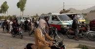 Пробки на пропускном пункте в Кандагаре по случаю перегруппировки правительственных войск