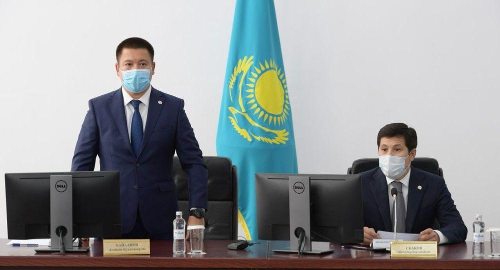 Асаин Байханов (слева) и Абылкаир Скаков