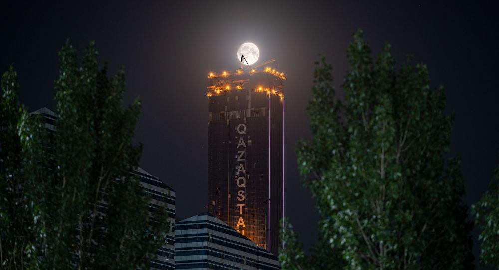Медовая луна в Нур-Султане