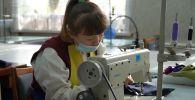 Солнечные дети получают профессию и трудятся швеями