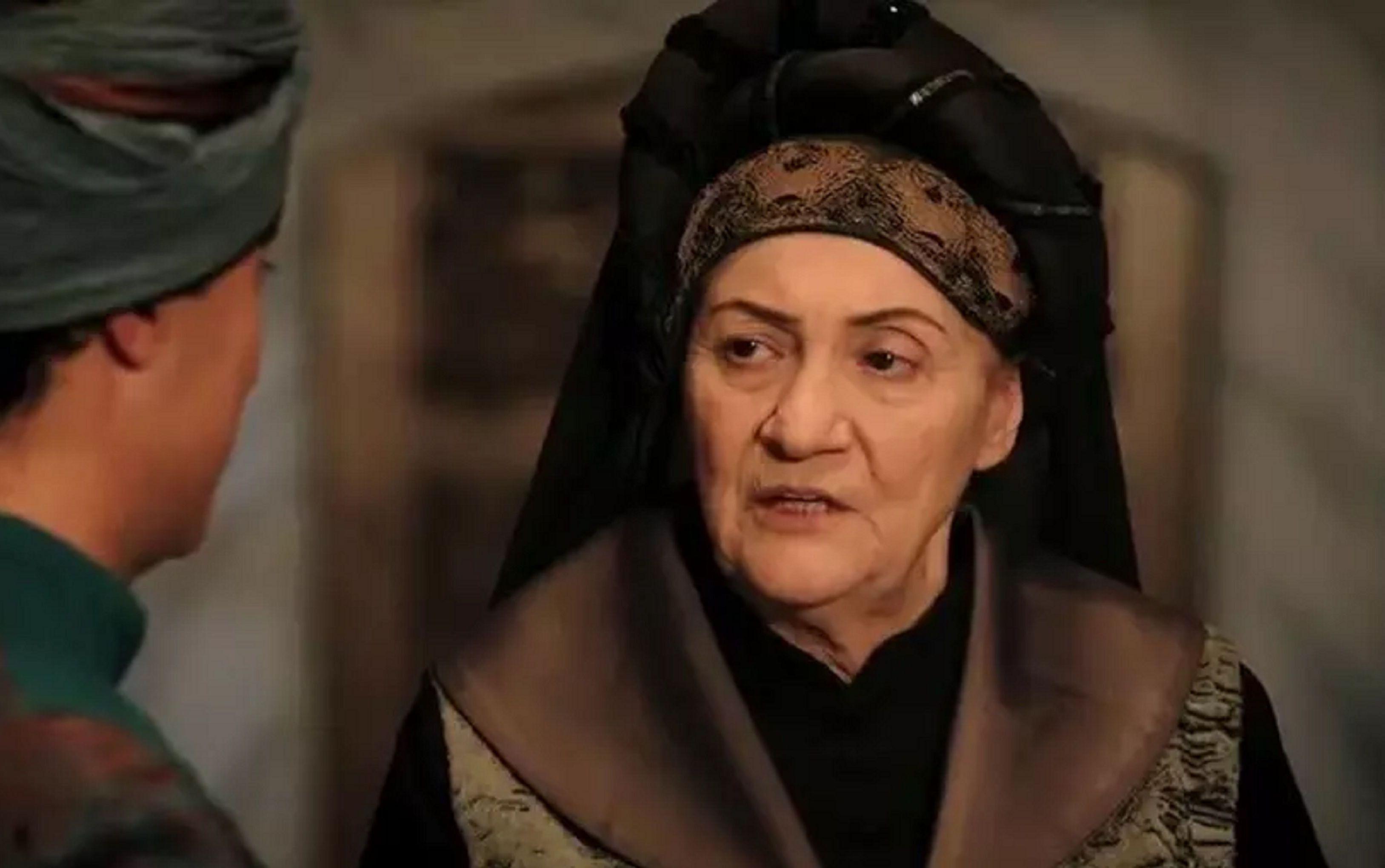 Актриса Сабина Тозия
