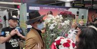 Трогательная встреча Димаша с поклонниками в Сочи попала на видео