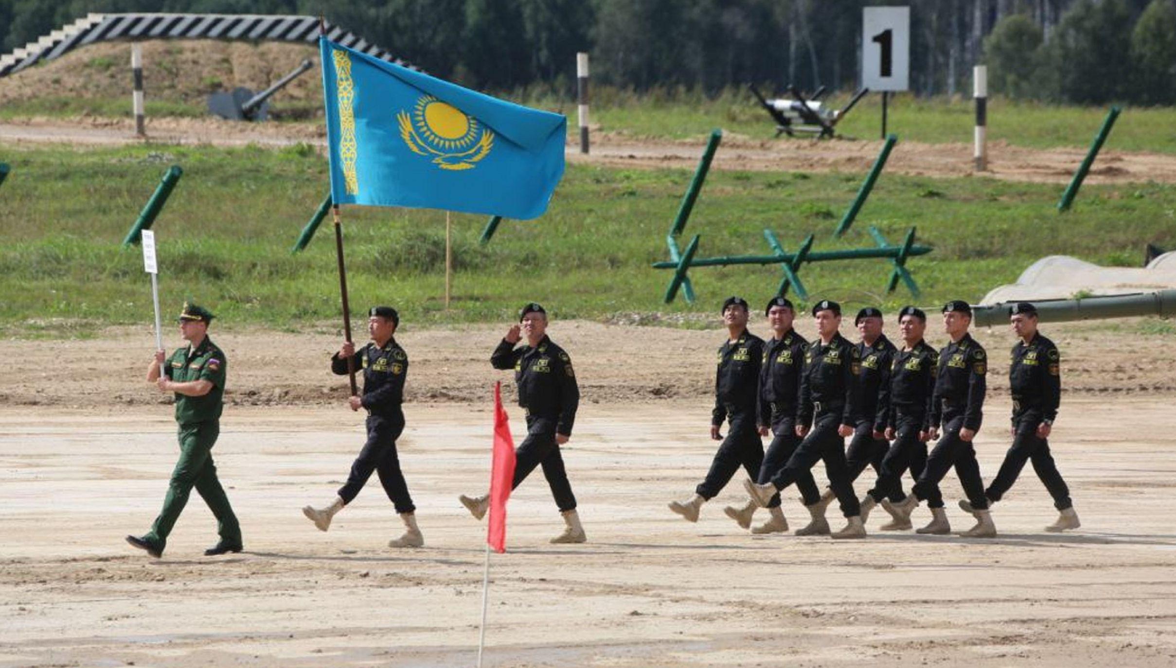 Казахстанская команда на открытии АрМИ-2021 в Алабино