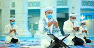 В мечетях Казахстана почтили память погибших при взрывах в Таразе