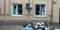 От обрушения здания в Актобе пострадали офисы нескольких компаний