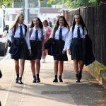 Ученики вернулись в школы в Глазго (Шотландия) после ослабления мер изоляции от коронавируса