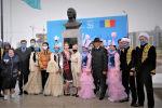 В Нур-Султане открыли бюст румынского поэта Михая Эминеску