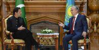 Премьер Пакистана пригласил Токаева посетить страну