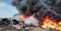 Черный столб дыма напугал жителей Актау