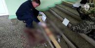 Сотрудники Следственного комитета РФ работают на месте стрельбы в Пермском государственном национальном исследовательском университете
