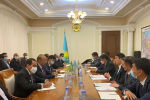 Глава Минэнерго Казахстана встретился с министром инвестиций Саудовской Аравии