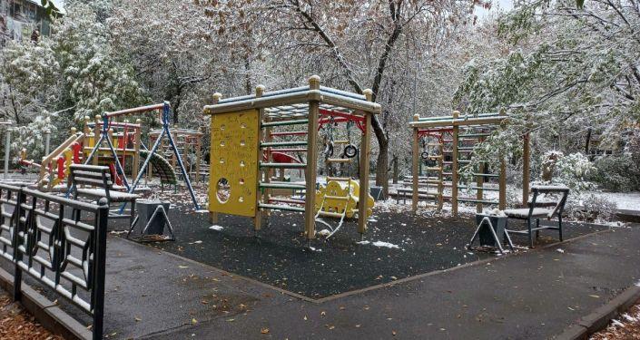 Первый снег выпал в Алматы