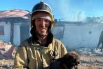 Актюбинский пожарный спас щенка из огня