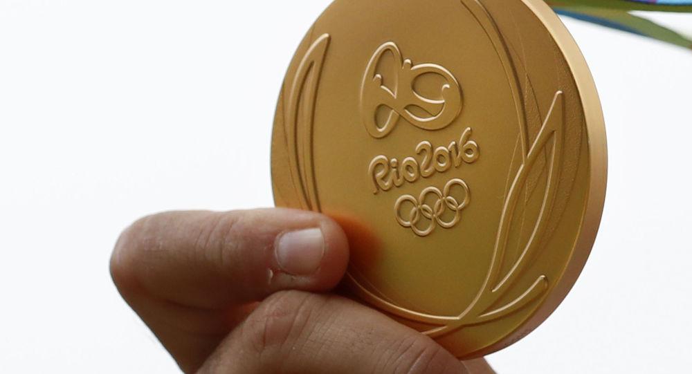 Золотая медаль Олимпиады-2016 в Рио-де-Жанейро