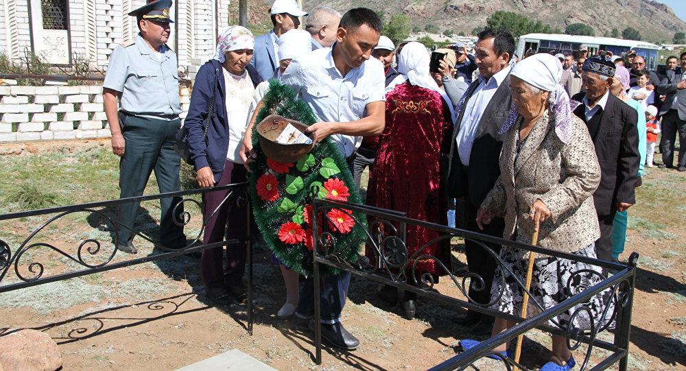 Прах погибшего в ВОВ казахстанца перезахоронили в ВКО