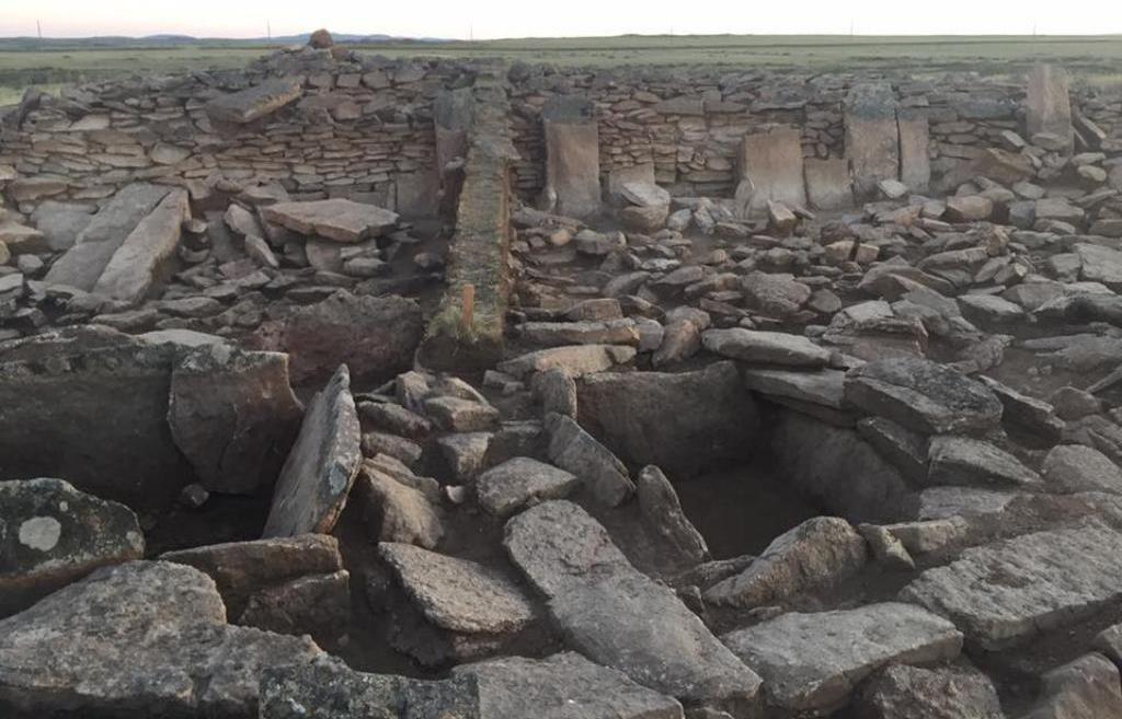 Пирамида, раскопанная археологами в Карагандинской области