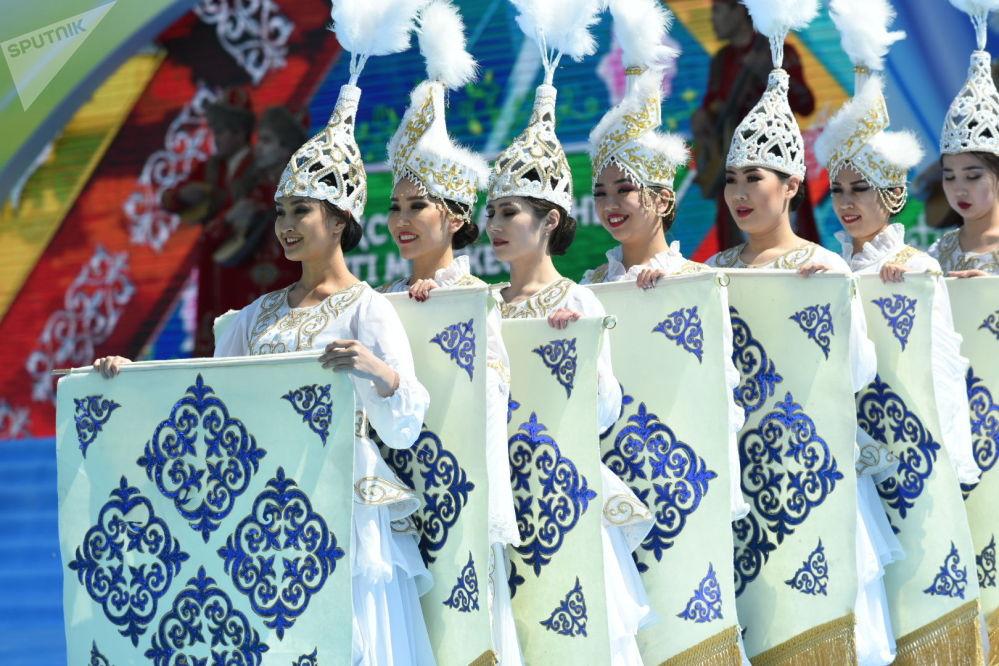 Праздничный концерт в честь Дня единства народа Казахстана в Алматы