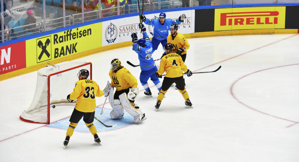 Матч сборных Казахстан и Литвы в рамках чемпионата мира по хоккею первого дивизиона