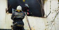 Пожарные тушат возгорание в общежитие в Нур-Султане