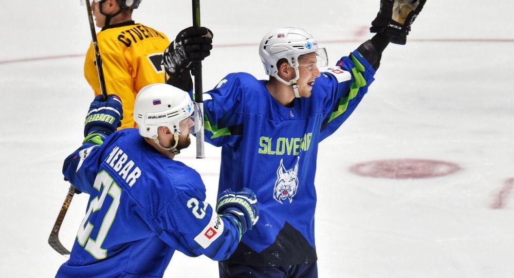 Сборная Словении учинила разгром команде Литвы на ЧМ по хоккею I ...