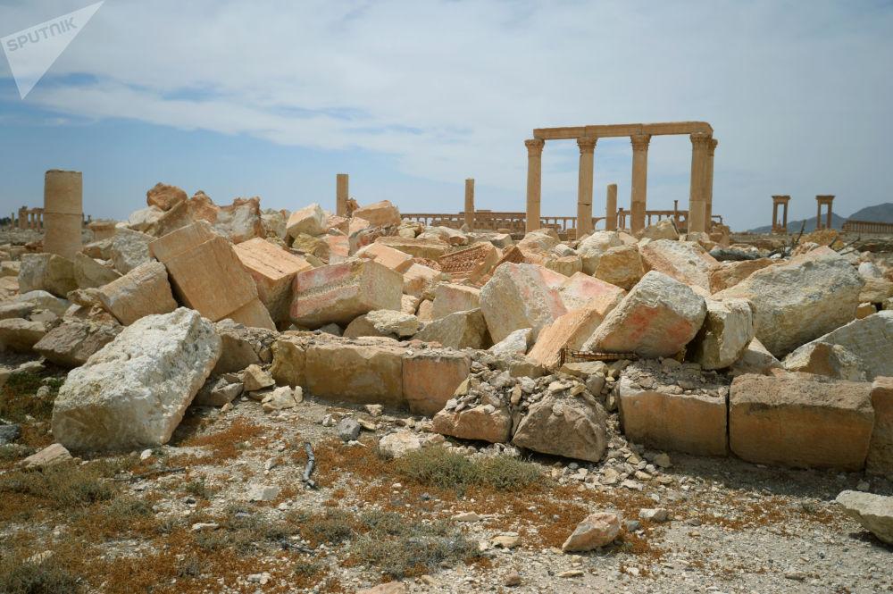 Разрушенный храм Баалшамина в исторической части Пальмиры