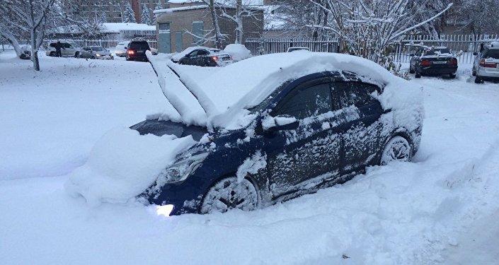 Снегопад в Усть-Каменогорске