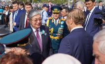 Президент Казахстана Касым-Жомарт Токаев возложил цветы к Вечному огню в День Победы