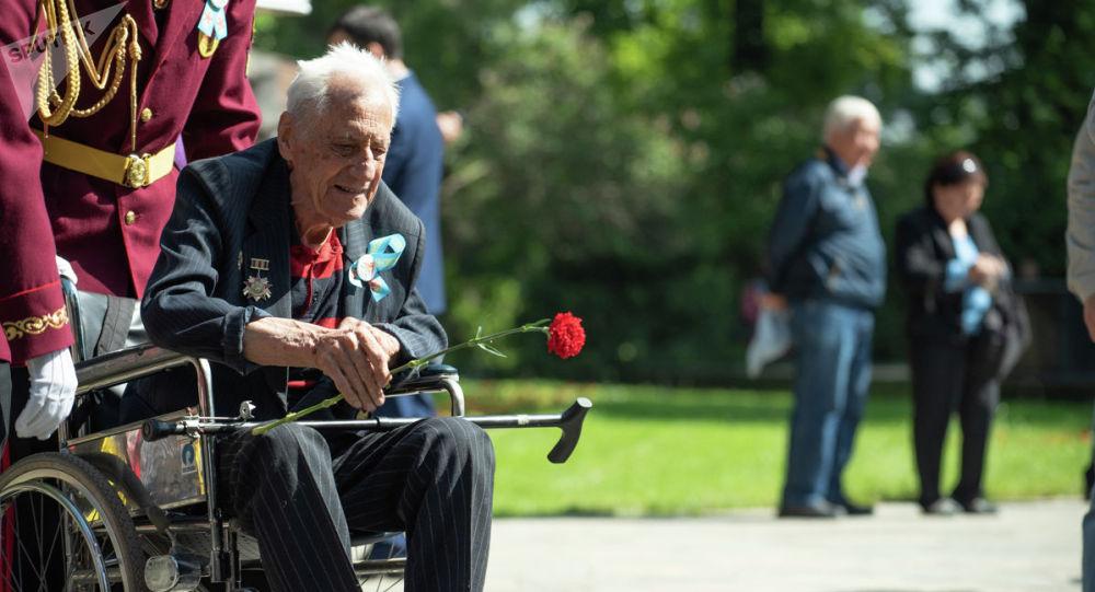Ветераны на праздновании Дня Победы