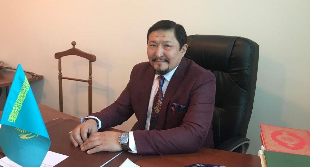 Дәрігер-терапевт Марат Сәрсенбаев