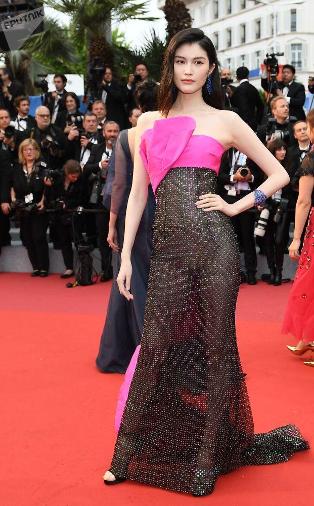 Китайская актриса Хэ Суй.