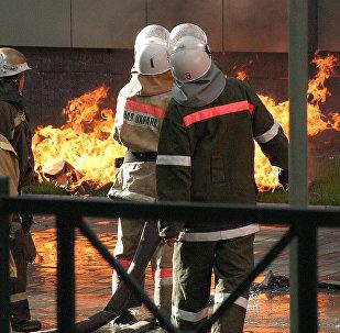 Архивное фото пожарных