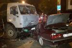 BMW врезался в КамАЗ