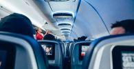 Салон самолета, иллюстративное фото