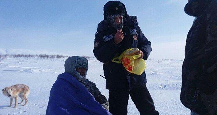 В Восточном Казахстане спасатели нашли пропавшего пастуха, который около суток блуждал по степи