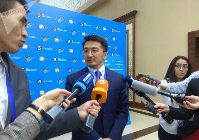 Вице-министр национальной экономики Казахстана Жаслан Мадиев на полях ВЕЭС