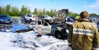 Сгоревшая машина у лесополосы Нур-Султана