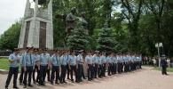 Полицейские  во время митинга в Алматы