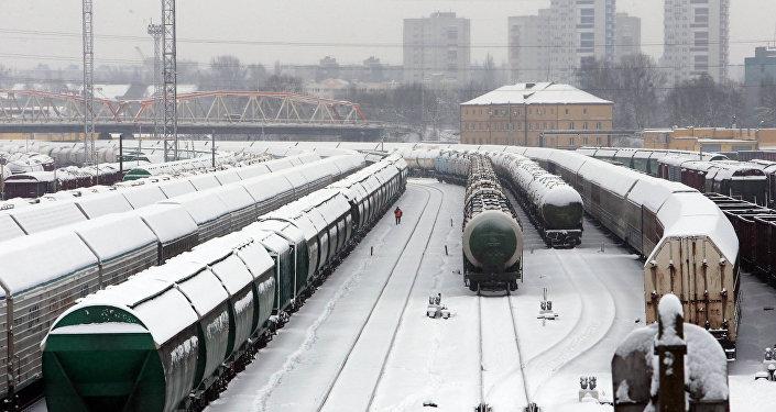 Поезда зимой. Архивное фото