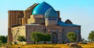 Виды города Туркестан. Мавзолей Ахмета Яссауи