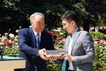 Назарбаев келешек ұрпаққа жолдау қалдырды