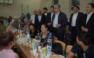 Касым-Жомарт Токаев побывал в эвакуационном пункте