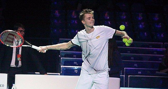 Теннисист Александр Бублик
