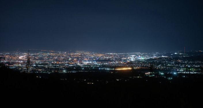 Ночной город, архивное фото