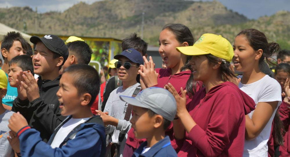 Дети из пострадавшей от взрывов Арыси приехали на отдых в Баянаул