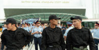 Архивное фото сотрудников правоохранительных органов