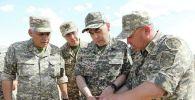 Министр обороны Нурлан Ермекбаев, архивное фото